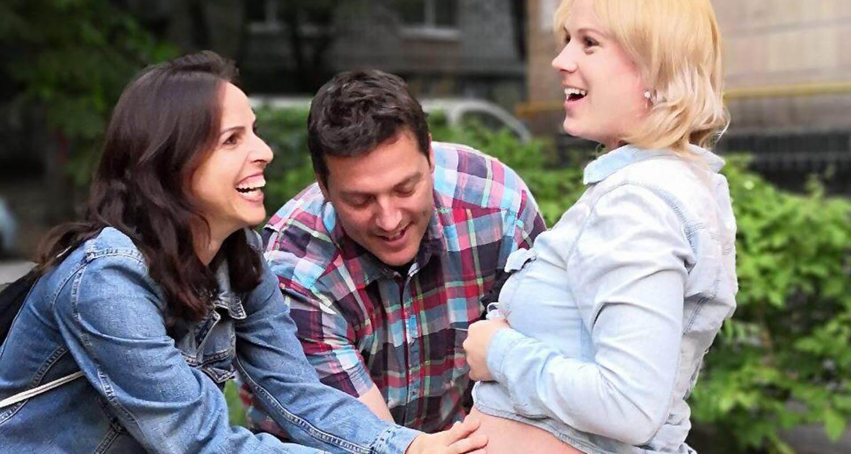 I. mujer gestante y L. y R., padres por gestación subrogada. (Programa de INTERFERTILITY en Ucrania)
